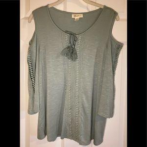 NWOT Style & Co cold shoulder top.